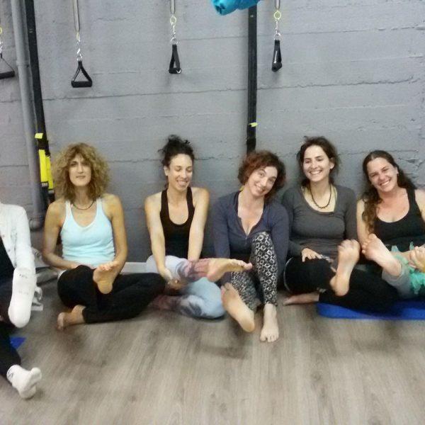 קורס fly yoga הראשון בארץ בחיפה!!!!